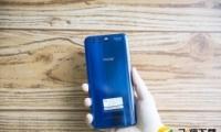 荣耀10和华为nova 3e手机对比实用评测