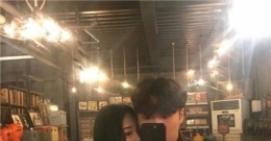 最新版2019非主流韩系情侣头像 清新好看情侣头像一对两张2019最新