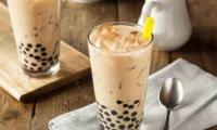 日本黑帮卖奶茶是怎么回事 日本黑帮卖奶茶是什么情况