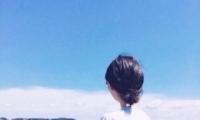 微信图片海边美女头像唯美背影 长发森系的女生海边背影头像