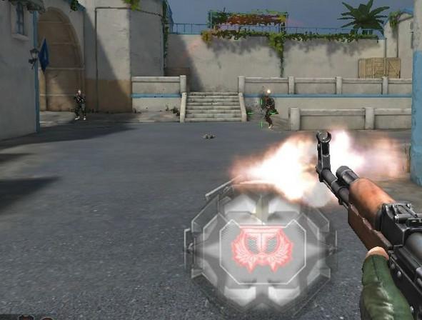 qq逆战自动开枪辅助V0114 最新版