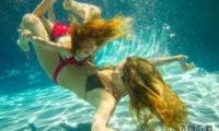 游泳时耳朵进水了怎么办