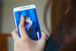 oppo find X和iPhone8手机对比实用评测