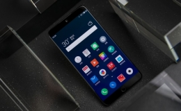 坚果Pro2s和魅族15手机对比实用评测