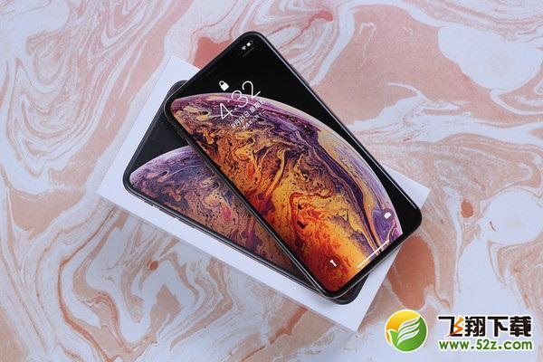 荣耀Magic2和iPhone XS Max手机对比实用评测_52z.com