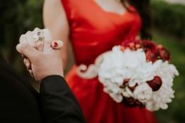 我国结婚率创近10年新低是怎么回事?