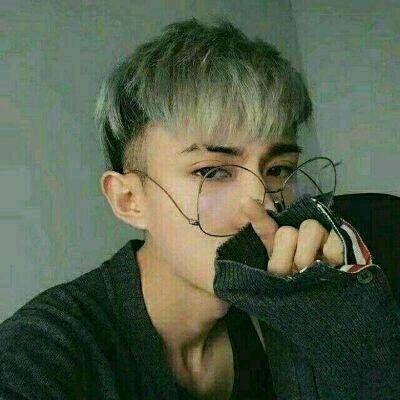 霸气超拽帅哥qq男生头像2018最新 霸气超拽冷酷帅哥头像大全