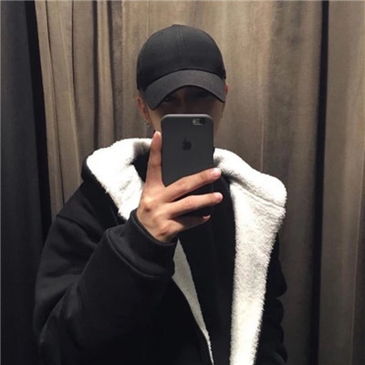 霸气男生戴口罩不露脸头像2018 2018最新超拽男生高冷头像霸气图片