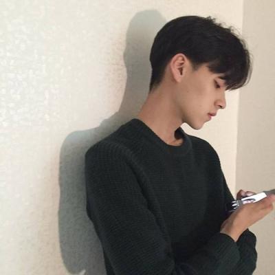 阳光帅气的微信男生头像2018精选2018最新版阳光唯美帅气男生头像