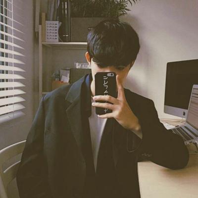 2018年最新版网红头像男高冷 2018最新超帅男生高冷头像精选