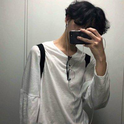2018最流行的男生微信头像超拽帅气_2018微信头像个性男生霸气超拽好看