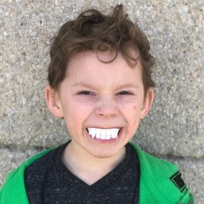 2018最流行的男生头像大全假笑男孩 2018最新逗趣可爱小男孩头像图片