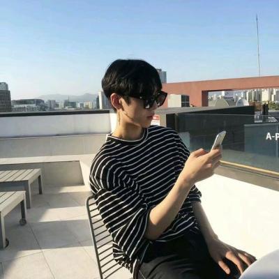 微信男生头像帅气冷酷2018精选 微信头像男生霸气冷酷帅气2018最新图片