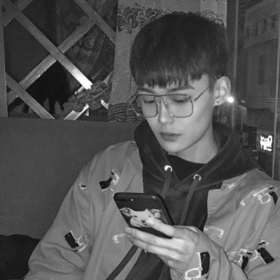 2018最流行男生头像大全帅气潮流 最新2018男生头像时尚潮流帅气精选_52z.com