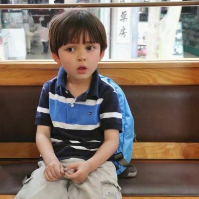 帅的小男孩�yg�_可爱搞怪萌娃头像微信帅气小男孩 超可爱超萌帅气的萌娃小男孩头像