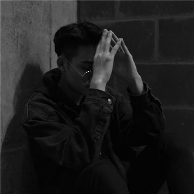 微信伤感的男生头像黑白色系 帅气的微信男生伤感黑白头像图片2019