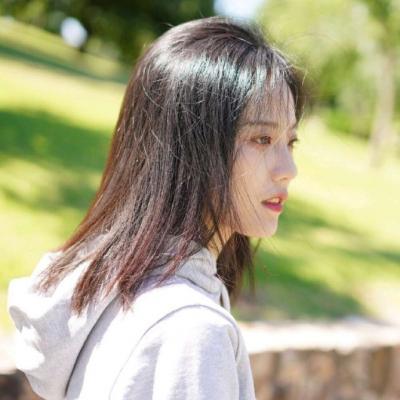 2019女生微信头像可爱小清新 2019最火爆微信头像女生清纯可爱大全_52z.com