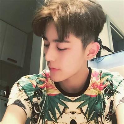 2019小清新暖男头像高清图片 小清新帅气头像高清图片2019最新