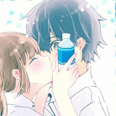动漫情侣头像一对两张接吻2019最新 可爱情侣头像两人一张一对动漫图集_52z.com