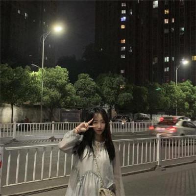 2019时尚潮流情侣头像一男一女 最新超好看的情侣头像一男一女_52z.com