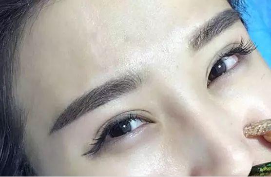 女子花18万纹眉是怎么回事 女子花18万纹眉是什么情况_52z.com