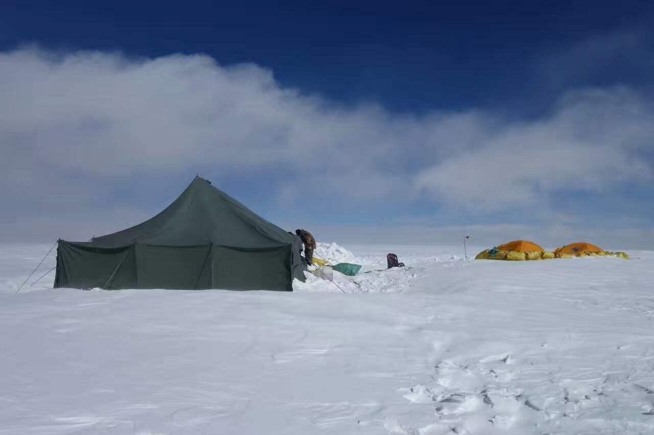 北极冰芯中发现塑料微颗粒是怎么回事?_52z.com