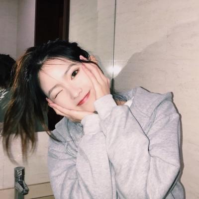 女生头像2019最新版可爱小清新 女生头像甜美可爱小清新2019最新_52z.com