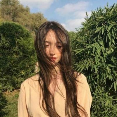 2019QQ头像欧美女生清新气质高清图片 欧美女生头像小清新阳光高清图片_52z.com