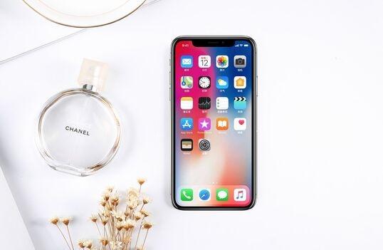 苹果或将每半年发布一次新iPhone是怎么回事?_52z.com