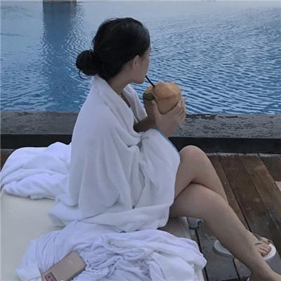 微信蓝色大海女生头像图片2019 小清新淡蓝色系女生微信头像大全