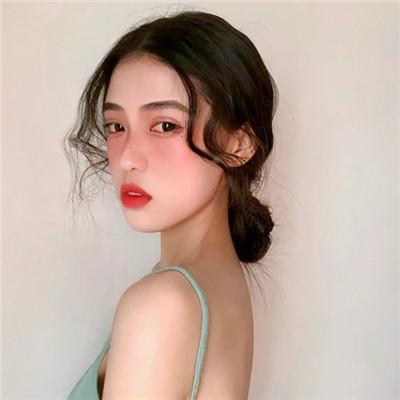 2019年最火爆头像女生独一无二 最受欢迎的女生头像图片排行_52z.com