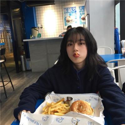 吃货女孩头像可爱卖萌2020 吃货女生卖萌的可爱头像最新版