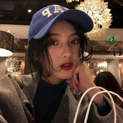 非主流个性头像女生超拽霸气 2020最火爆非主流个性女生头像大全_52z.com