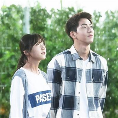 韩国森系风格情侣头像2020精选 情侣头像意境森系一对精选2020