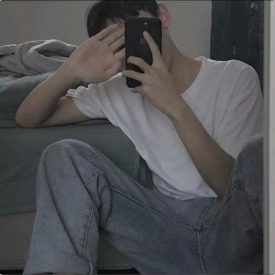 微信男生潮人头像大全_52z.com