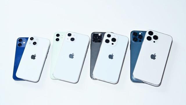 苹果iPhone13和苹果iPhone12对比测评视频